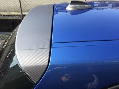 BMW ストライプ、カーボン施工