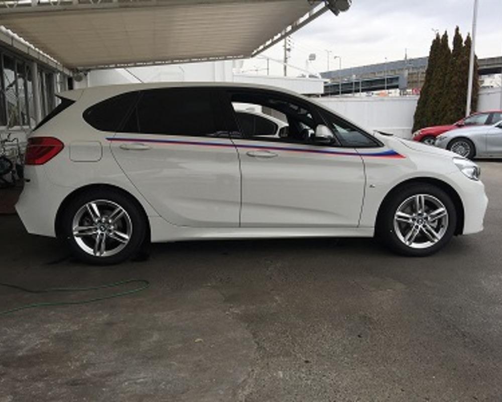BMW 3色ストライプのサムネイル